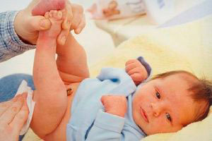 подмывание новорожденного