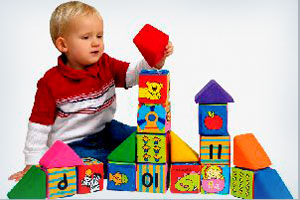 правила выбора игрушек детям до года