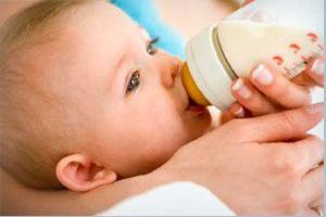 первый прикорм ребенку на грудном вскармливании